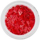 Ozdobné, červené trojuholníky s dierkou